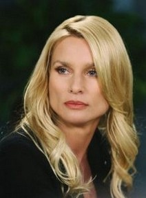 Nicollette Sheridan - Nicollette Sheridan Bio,Measurements,Age,Height,Husband,Bra Size,Family